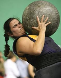 Maria Jose Sardon Champion Weightlifter, holds Guinness World Record Prison Workout, Good People, Amazing People, Brave Women, Biarritz, Maria Jose, Guinness World, Basque Country, Types Of Women