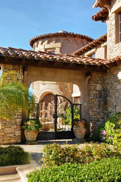 Rancho Retreat mediterranean entry