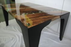 coffee table, walnut wood, epoxy resin Walnut Wood, Epoxy, Coffee Tables, Countertops, Resin, Furniture, Home Decor, Homemade Home Decor, Counter Tops