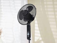 Lidl pone a la venta aun ventilador de pie con mando a distancia económico y de potencia 45 W que no debes dejar escapar, disponible en el catálogo online de