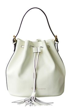 Shop dl white fringe leather bucket tote bag here, find your totes at dezzal, huge selection and best quality. Cute Bags, Modest Fashion, Bucket Bag, Shoe Boots, Handbags, Purses, Girl Stuff, My Style, Leather