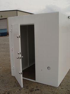 Safe panic hidden rooms on pinterest safe room hidden for Hidden storm shelter