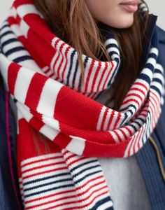 Joules Classic Scarf ChillAway French Navy Red Cream Knitted for sale online Cool Style, My Style, Navy Stripes, Striped Knit, Keep Warm, Womens Scarves, Preppy, Knit Crochet, Crochet Patterns