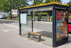 Utrecht, Holland now has 316 bus stops covered in flowers and other plants, providing bee habitats among other environmental benefits. This is a beautiful city! I was there for 2 weeks in Dec., 1979 staying with squatters. Utrecht, Transformers, Bus Shelters, Vintage Bridesmaid Dresses, Noise Pollution, Bus Stop, Vintage Humor, Funny Vintage, Summer Time