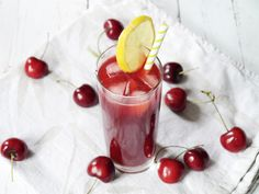 Even though I have been cooking for some years now, I had never made my own lemonade before, until now. I got inspired by reading a raspberry lemonade recipe in Jamie Magazine, and decided to try and make something myself, but based on cherries instead of raspberries. I must say, I quite like making my own drinks now. It's easy, it's fun and it's delicious and the best part is that it's as fresh as you can possible get. It only takes around minutes to make this, the only thing you have to do…