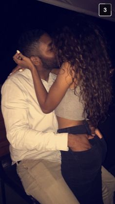 h IG:Keriaah.h Snap:Keriaah. Couple Goals Relationships, Relationship Goals Pictures, Couple Relationship, Image Couple, Photo Couple, Black Love Couples, Cute Couples Goals, Foto Piercing, Photographie Indie