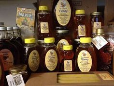 Honey and Maple Container Labels by Remsburger's Maple & Honey Products Honey Jar Labels, Honey Label, Honey Container, Online Labels, Local Honey, Label Templates, Wedding Party Favors, Bees, Cooking Recipes