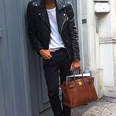 The Best Street Style Inspiration & More Details That Make the Difference Bolso Birkin Hermes, Hermes Handbags, Hermes Bags, Fashion Bags, Mens Fashion, Rock Fashion, Hermes Men, Best Shopping Sites, Shopping Bag