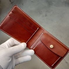 Handmade Leather, Leather Craft, Leather Wallets, Leather Working, Card Holder, Mens Fashion, Projects, Crafts, Bags
