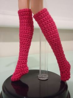 Barbie Basic Socks (Free Crochet Pattern) http://dezalyx.hubpages.com/hub/Barbie-Basic-Socks-Free-Crochet-Pattern