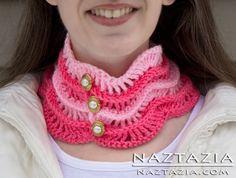 Free Pattern from The Crochet Lounge - Crochet krageSerendipity Cowl Neckwarmer - Crocheted by Naztazia