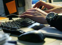 Парламент Украины зарегистрировал очередной законопроект в сфере электронной коммерции под номером № 4047, в котором идёт речь о внесении изменений в Закон Украины о защите прав потребителей. Акцентировано внимание на вопросе ответственности интернет-магазинов за качество продаваемого товара.