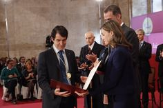 """Los Reyes Felipe VI Y Letizia en Valencia para la entrega de la 28ª edición de los """"Premios Rey Jaime I""""  24-11-2016"""
