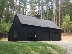 Within the previous 10 years that negative view of the garage has actually altered considerably. Climatizing the garage has actually become far more than an afterthought. Plan Garage, Garage Exterior, Garage Door Design, Garage Ideas, Garage Shed, Garage Art, Pole Barn Garage, Pole Barns, Black Barn