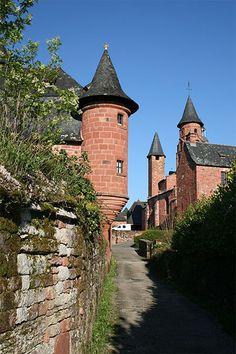 | Un des plus beaux villages de France :: Collonges-la-Rouge :: Corrèze ...