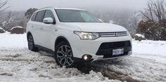 Mitsubishi Outlander PHEV Review : LT2