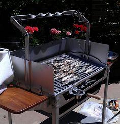 Barbacoa modelo Deluxe. Carnes, pescados, mariscos, verduras... www.jrbaluja.com