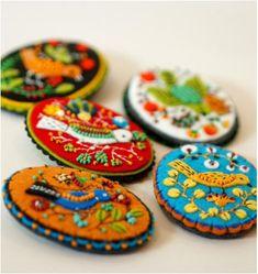 Elsa Mora embroiders