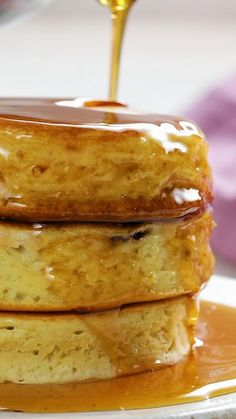 Your Morning Pancakes With A Mouthwatering Nutella Filling - ihre morgenpfannkuchen mit einer leckeren nutella-füllung Your Morning Pancakes With A Mouthwatering Nutella Filling - Potluck desserts. Nutella Pancakes, Nutella Pizza, Fluffy Pancakes, Yogurt Pancakes, Nutella Brownies, Banana Pancakes, Baking Recipes, Dessert Recipes, Dessert Food