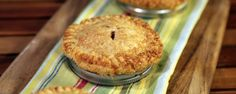 Mini Cherry Pies with Red Plum Jam Recipe Mini Desserts, Just Desserts, Delicious Desserts, Dessert Recipes, Dessert Ideas, Plum Jam Recipes, The Chew Recipes, Mini Cherry Pies, Mini Pies