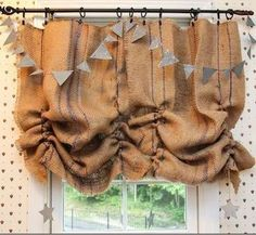 Tease strands of burlap for a DIY ruched look