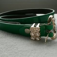 ☆☆NO OFFERS!☆☆ Belt Pretty green belt w/rhinestone details. Size 44-46. Perfect condition. No trades or paypal. Bundle for discounts. No Brand Accessories Belts