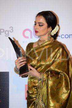 The Regal Frame! Amitabh-Jaya, Rekha & Dharmendra Grace the Red Carpet at HT Style Awards | PINKVILLA