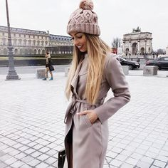 20 Stylish Winter Outfits You Need To Own Women's 20s Fashion, Fall Fashion Trends, Girl Fashion, Womens Fashion, Fashion Bloggers, Casual Autumn Outfits Women, Stylish Winter Outfits, Fall Outfits, 20s Mode