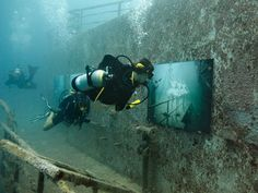 Salt Life has partnered with artist Andreas Franke and The Sinking World to bring an underwater art exhibit to the Florida Keys.