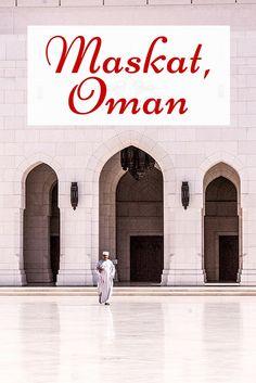 Maskat gehört bei einer Oman Reise ganz oben auf die Liste. Der perfekte Platz für eine Zeitreise, denn in Maskat ist noch vieles so, wie es früher einmal war.