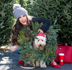 New Holiday Photos Outfits With Dog 51 Ideas Dog Christmas Pictures, Christmas Puppy, Christmas Tree Farm, Christmas Photo Cards, Christmas Card Photo Ideas With Dog, Christmas Outfits, Holiday Cards, Xmas Tree, Christmas Christmas