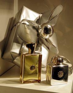 Perfumeria QUALITY, Poznań. #Amouage #gold #reflection Creed Fragrance, Reflection, Perfume Bottles, Jewels, Gold, Jewerly, Perfume Bottle, Gemstones, Fine Jewelry