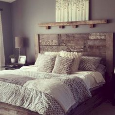 Awesome Spectacular Farmhouse Master Bedroom Decorating Ideas To Copy. bedroom furniture Spectacular Farmhouse Master Bedroom Decorating Ideas To Copy - TRENDEDECOR Rustic Bedroom Design, Farmhouse Master Bedroom, Master Bedroom Design, Home Decor Bedroom, Modern Bedroom, Master Suite, Contemporary Bedroom, Master Bedrooms, Bedroom Designs