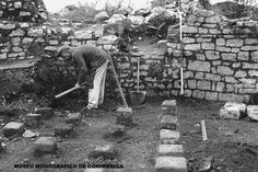 Aspecto da escavação do caldário das Termas do Sul, c. 1950