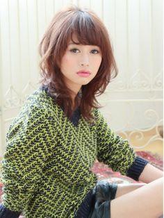 『Granmash』の作品 モデルの梨花さん風のミディアムスタイル♪  スタイル詳細 http://beauty.hotpepper.jp/slnH000048233/style/L000756990.html?cstt=38