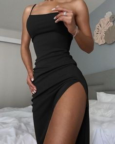 Tight Dresses, Casual Dresses, Fashion Dresses, Summer Dresses, Midi Dresses, Satin Dresses, Summer Clothes, Glamouröse Outfits, Outfits For Parties