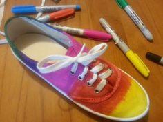 Super baratas! Las zapatillas en La Anonima (82 pesos) mas sharpies de colores! Proyenctos de verano!