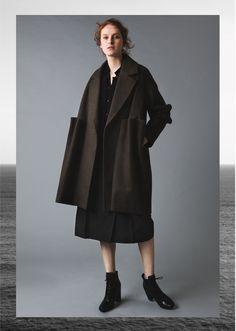 AMETSUBI 17AW WOMENSWEAR See the complete collection on www.ametsubi.com    #Ametsubi #Fashion #EmergingDesigner #17AW  #Womenswear Fall Winter, Autumn, Winter Collection, Women Wear, Normcore, Style, Fashion, Moda, Fall