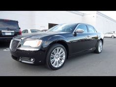 2011 Chrysler 300C Start Up, Exhaust, and In Depth Tour