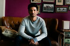 Sushant Singh Rajput's home in Mumbai is a combination of robust colours and rugged finishes. Get a sneak-peek into Bollywood Celebrity Sushant Singh Rajput's chic, urban Mumbai home Bollywood Couples, Bollywood Stars, Bollywood Celebrities, Bollywood News, Bollywood Updates, Bollywood Gossip, Mix And Match Family, Rajput Quotes, Sushant Singh