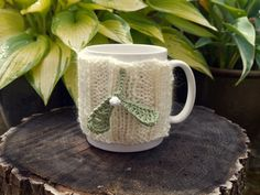 Christmas Mistletoe Mug Cosy by HookLoopKnits on Etsy