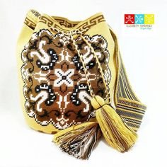 #Mochila #wayuu #Eliwayuubags #arte #tradicion & #color #momentos #magia #gift #love #trends #ethnic #craft #crochet #etsy #winter #instamode #fashion #adiction #entrepreneur #Colombia #Usa #México #Brasil #Francia #China Eli Whatsapp: 3006388348 #followback #entrepreneur #onlinebusiness #startup