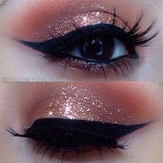 Eye makeup is the BEST!!! Glitter Makeup Tutorial, Glitter Eye Makeup, Sparkly Makeup, Makeup Cosmetics, Cute Makeup, Pretty Makeup, Gorgeous Makeup, Sweet 16 Makeup, Makeup Looks