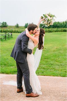 A Wedding At The Grove Williamson Place In Murfreesboro Tennessee Farm And Barn Venue Near Nashville