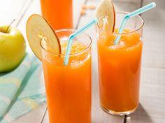 Avec les lectrices reporter de Femme Actuelle, découvrez les recettes de cuisine des internautes : Cocktail bonne mine jus de carotte et pomme