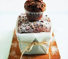 Get out your muffin tins and start baking. From streusel-topped blueberry to zucchini-chocolate, these easy muffin recipes don& disappoint. Chocolate Muffins, Chocolate Recipes, Muffin Recipes, Baking Recipes, Muffin Bread, Muffin Tins, Simple Muffin Recipe, Cranberry Muffins, Sweet Bread