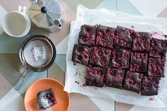 Gluten-Free Coconut & Raspberry Brownies - Wickedly rich, this gluten-free brownie can match it with the best of them. Fudgy, rich and studded with tart raspberries, you won't be able to stop at just one piece! Gluten Free Baking, Gluten Free Recipes, Almond Recipes, Baking Recipes, Real Baking, Raspberry Brownies, Sbs Food, Baking Classes, Gluten Free Brownies