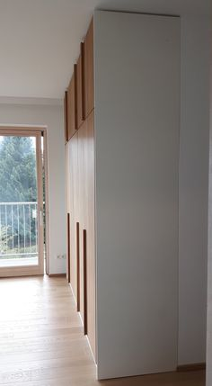 The double bedroom wardrobe 33 Wardrobe Door Handles, Wardrobe Doors, Wardrobe Closet, Wardrobe Ideas, Bedroom Closet Doors, Bedroom Wardrobe, Built In Robes, Shelving Systems, Room Shelves