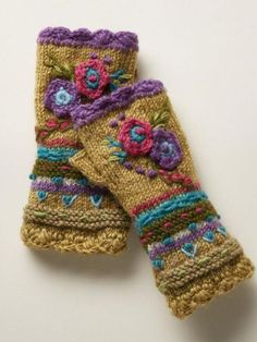 Posie Handwarmers: Our fleece-lined floral wool handwarmers add a happy note to your winter ensemble with brightly blooming flowers in a celebration of color and pattern. Fleece lined. Crochet Fingerless Gloves Free Pattern, Crochet Gloves, Knit Mittens, Knitting Projects, Knitting Patterns, Crochet Patterns, Fall Accessories, Red Earrings, Arm Warmers