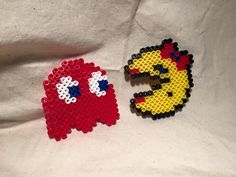 Ms. Pac-man and Red Ghost